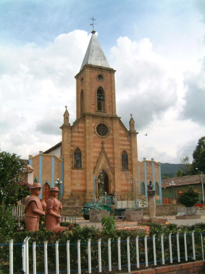 Town church - Raquira