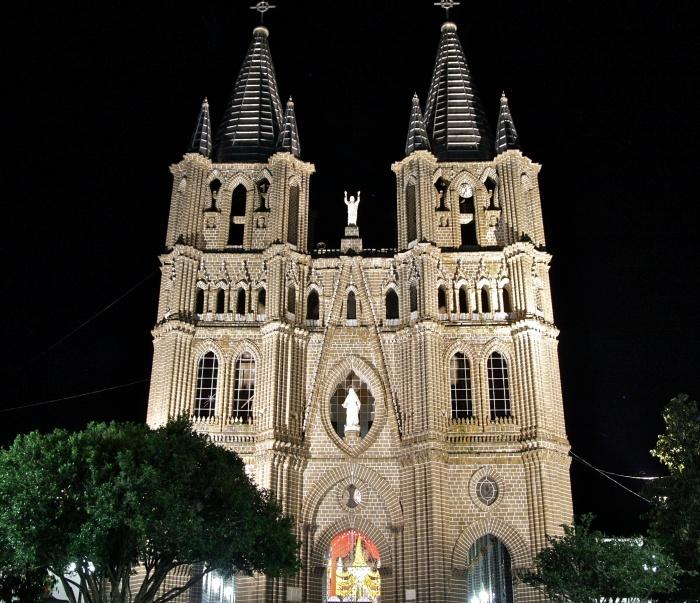 Basilica Menor de la Inmaculada Conception, Jardin. Copyright Phil Yates 2012.