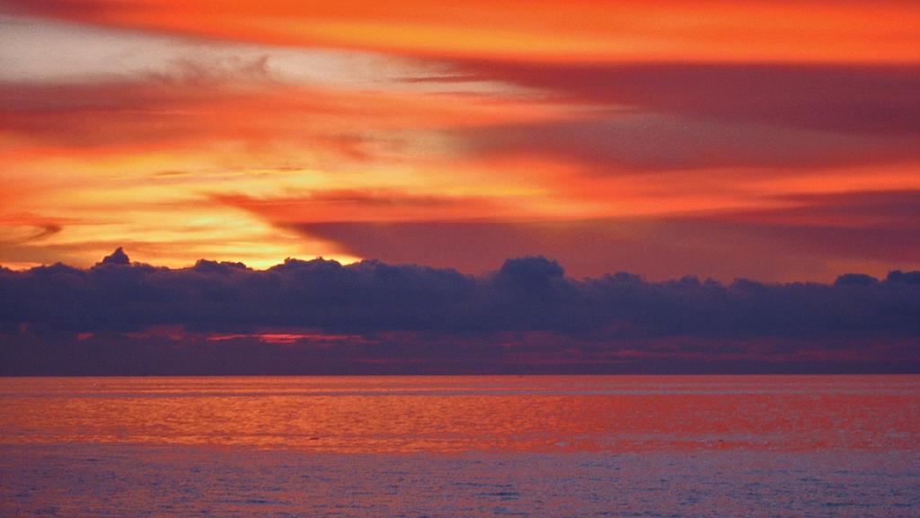 Cartagena - Sunset watching from St Maria Bar