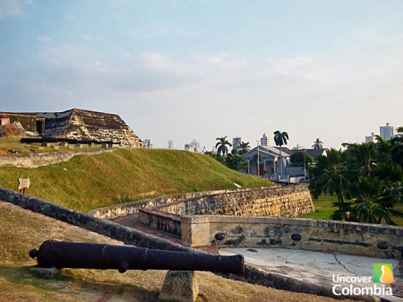 The walls and fort of Cartagena - Uncover Colombia