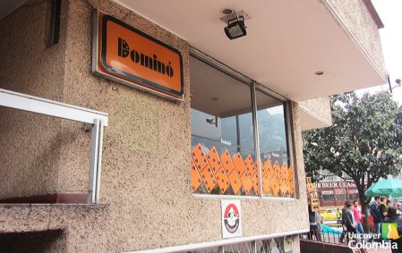 """Dominó"" A great traditional place to have empanadas in La Candelaria, Bogota"