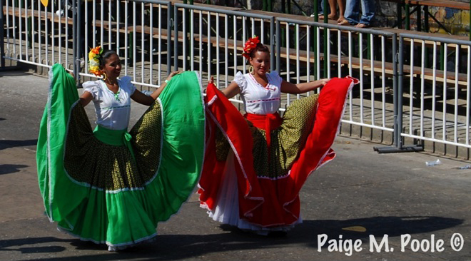 Cumbia dancers in the Monday Carnival parade