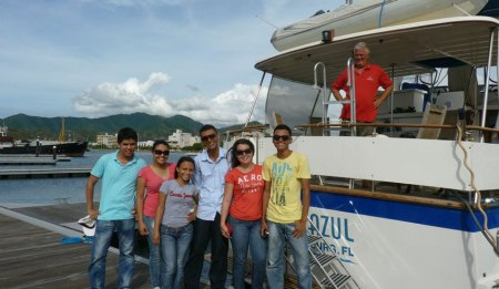 Colombian university students we met in Santa Marta - Image courtesy of Mar Azul Adventures