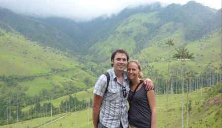 Us walking in the Valle de Cocora