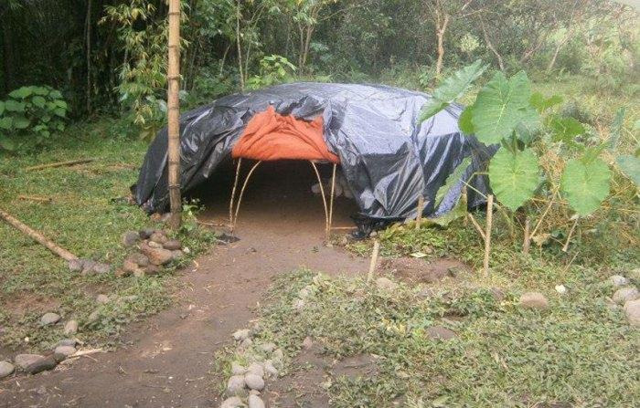 The-tent-L